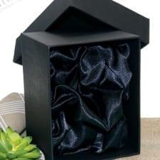 Solid Padded Silk Line Box